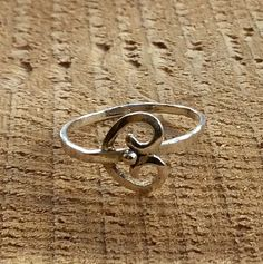 Sterling silver heart thin spiral gypsy hippie dainty ring - Confidence - a deal for men Gypsy Rings, Boho Rings, Meditation Rings, Spinner Rings, Gold Diamond Rings, Diamond Jewelry, Silver Engagement Rings, Small Rings, Dainty Ring