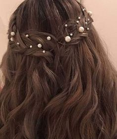 Pin by Halin on Hair (With images) Pretty Hairstyles, Wedding Hairstyles, Looks Style, Hair Day, Prom Hair, Hair Looks, Her Hair, Hair Pins, Bridal Hair
