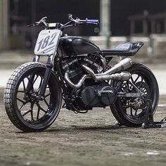 """Katy"" a flat track weapon by @medium_made based on a Buell XB12. : @thegonz…"