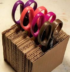 This is a guide about making a cardboard holder for scissors. Paper crafters in particular may have a large number and variety of scissors that they use in their craft. Finding a good way to store them and sewing scissors can be easy. Cardboard Storage, Craft Room Storage, Cardboard Crafts, Craft Organization, Paper Crafts, Diy Crafts, Box Storage, Paper Storage, Storage Compartments