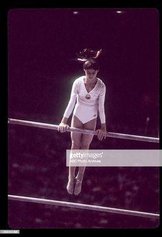 Nadia Comaneci Women's Gymnastics, Gymnastics Pictures, Nadia Comaneci Perfect 10, Romanian Girls, Female Gymnast, Olympic Sports, Sports Women, Olympics, Anatomy