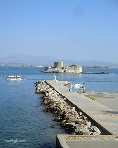 Tender boat taking returning to the cruise ship in #Nafplio - #Greece