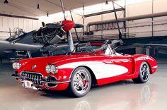 Pogea Corvette = Modern dream.