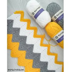 Best 12 Chevron crochet free tutorial and pattern – Artofit – SkillOfKing. Chevron Crochet Patterns, Crochet Snowflake Pattern, Crochet Stitches Patterns, Baby Knitting Patterns, Crochet Designs, Crochet Bobble Blanket, Gilet Crochet, Diy Crafts Crochet, Crochet Patron