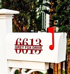 Custom house number address decals to decorate your mailbox. You will receive 2 matching decals for each side of your rural mailbox. Vinyl Crafts, Vinyl Projects, Craft Projects, Cricut Vinyl, Vinyl Decals, Wall Decals, Wall Vinyl, Wall Stickers, Wall Art