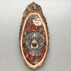 Wood slice with an original drawing of a bear door Inkspirednl