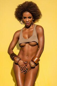 Diretor da 'Playboy' explica onda de mulheres totalmente depiladas na revista: 'Moda'
