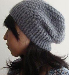 Free knitting pattern for daisy stitch slouchy beanie hat Hinagiku Hat
