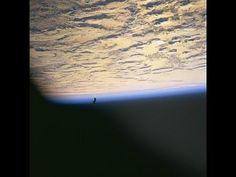 The Mistery Video of the UFO Black Knight Satellite - NASA's pictures fr...