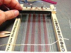 Dollhouse Miniature Furniture - Tutorials | 1 inch minis: rag rug on a beading loom