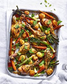 Harissa chicken, new potato and carrot traybake recipe Tray Bake Recipes, Potato Recipes, Chicken Recipes, Meat Recipes, Dinner Recipes, Cooking Recipes, Healthy Recipes, Harissa Chicken, Mackerel Recipes