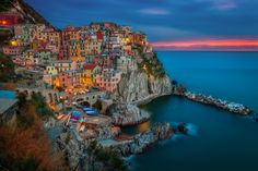 Manarola, Cinque Terre - Fishing village of Manarola.The Cinque Terre is a… Parc National, National Parks, Cinque Terre Italia, Travel Outfit Spring, Photo Voyage, Seaside Village, Seaside Towns, Northern Italy, Fishing Villages