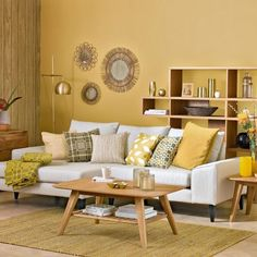 40 Extraordinary Yellow Living Room Ideas - Although pastels might not immediately come to mind when considering living room wall colors, they can actually be used quite effectively. Yellow Walls Living Room, Mustard Living Rooms, Bold Living Room, Living Room Color Schemes, Living Room Designs, Small Living, Modern Living, Room Paint Colors, Paint Colors For Living Room