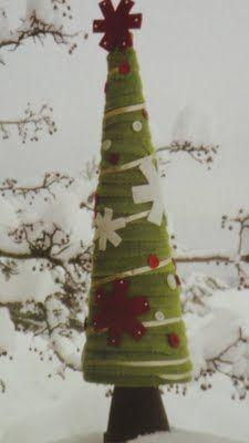 Debbie Mumms-Snow Flake Tree
