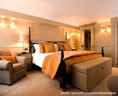 british hotel, bedroom