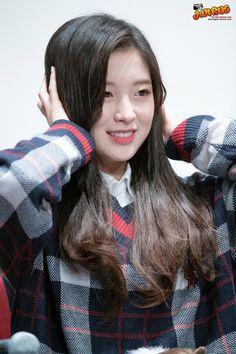 어제자 아린이 직캠 (엉밑살 주의) Kpop Girl Groups, Korean Girl Groups, Kpop Girls, Korean Women, South Korean Girls, Arin Oh My Girl, Gfriend Sowon, Red Velvet Seulgi, Extended Play