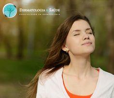 A terapia fotodinâmica induzida pela luz do dia, ou Daylight PDT, está indicada para pacientes com danos solares disseminados (ceratoses actínicas) em áreas que são de fácil exposição à luz (rosto e couro cabeludo) e para pacientes sensíveis, que podem não tolerar a dor daterapia fotodinâmicaconvencional
