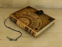 Diario de cuero / Magic libro con cerradura y llave  la rueda