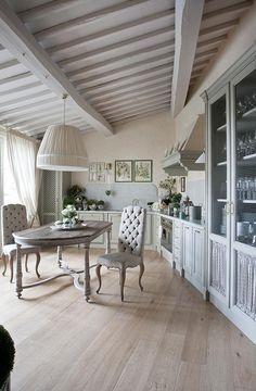 Antonio Lionetti French Country Interiors, Country Interior Design, Cosy Interior, French Country Cottage, French Interior, French Country Style, French Farmhouse, French Decor, French Country Decorating