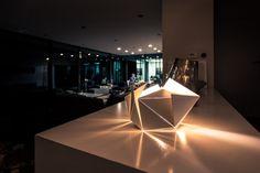 Folding Lamp par Thomas Hick