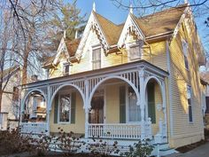 Love this Victorian Cottage!!! Love the gingerbread trim.