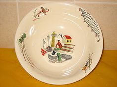 VINTAGE ALFRED MEAKIN CLOVELLY BRIXHAM LARGE SERVING BOWL  (some wear&scratches)