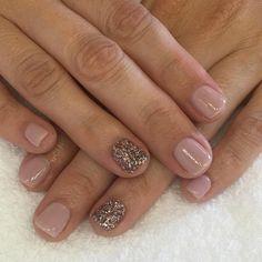 "Gelish Dip Helen Clemson O'Cuinneagain (@helenlclemson) on Instagram: ""I can be fun too...(even if just with a cute manicure). @gelishsa #gelishdip #gelishsa #dipyournails"""