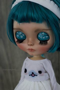 ❤May ❤ Reserved. SOLD OUT Payement 1/4 May: Pearl of the sea work done to make her a ooak doll # 87: - Sandpapering - Carving lips, nose, philtrum, Enlarged eyes - Face paintings with colorful pastels caran dache , sealed with Mr. Super Clear 4x + topcoat semi gloss - New scalp