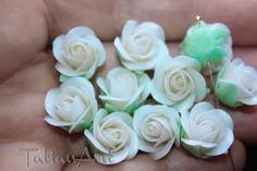 10 pcs Pearl White Roses ,0,59 inch, Flower bead, Handmade Polymer clay Flower, Jewelry Supplyes, Roses with hole on side. Code:083 di FlowerClaySupplies su Etsy