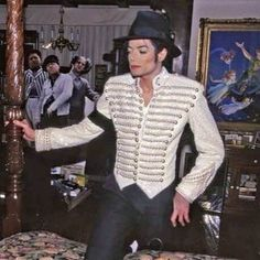 Vicky on the dance floor Jackie Jackson, Michael Jackson Fotos, Michael Jackson Smile, Michael Jackson Neverland, Sammy Davis Jr, Make Smile, Rare Images, King Of Music, I Love You Forever