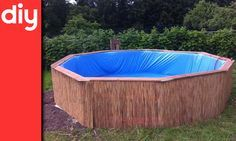 Nous vous proposons aujourd'hui de fabriquer votre propre piscine hors sol en suivant l'exemple deTorben Jung, cet Allemand qui prouve qu'avec trois fois rien et du pur génie on peut faire de grandes choses.    Le Coût