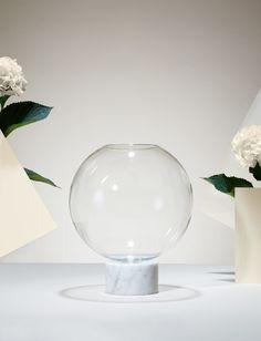 lee-broom-Podium_Globe_flower_shop_03