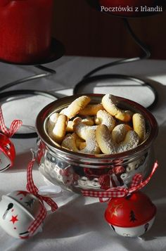 Kruche ciastka migdalowe Cookie Recipes, French Toast, Cooking, Breakfast, Sweet, Desserts, Cakes, Recipes For Biscuits, Kitchen