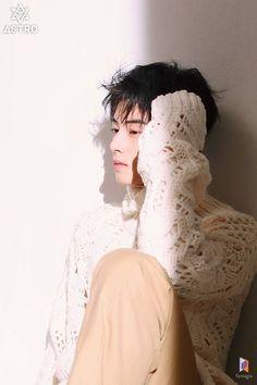 Fantagio has Just Revealed 32 Behind Cuts of Cha Eunwoo`s Recent Pictorial. He Looks Just Like an Art Cha Eun Woo, Cha Eunwoo Astro, Ahn Jae Hyun, Lee Dong Min, Park Hyung Sik, Sanha, Korean Star, Minhyuk, Celebrity Gossip