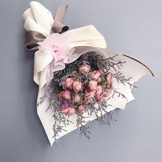 "??? 74?, ?? 3? - Instagram? PLANTERIOR ?????(@planterior)?: ""?????? ?????? ???? #??????? . . kakao theplanterior 0507-1360-3358 . #floral #flowers #flowershop�"""
