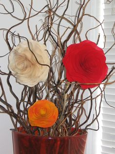 Wooden flowers as home decors