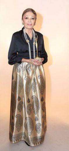Empress Farah Pahlavi in Bahar&Reza Design won Women Of The Year Award 2015…