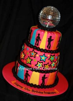 Disco Cake Designs | Pinned by Conny Seldenthuis