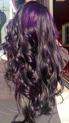 hair dye dark brown hair to light brown dark purple hair hair color Love Hair, Great Hair, Gorgeous Hair, Funky Hairstyles, Pretty Hairstyles, Hair Styles 2014, Long Hair Styles, Black Hair With Highlights, Purple Highlights