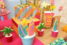 festinha-surf-rosa-laranja-azul-decoracao-caraminholando-05