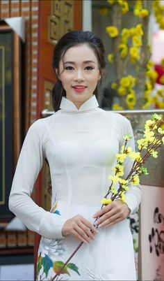 Áo dài | by dudinh1 Vietnamese Traditional Dress, Vietnamese Dress, Traditional Dresses, Ao Dai, Beautiful Asian Girls, Most Beautiful Women, Transparent Dress, Dress Trousers, Curvy Women Fashion