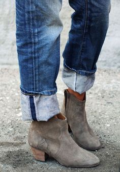 FRIDAY'S FASHION FILES: DICKER BOOTS BY ISABEL MARANT | THE STYLE FILES