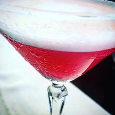 #Cocktail #classic #clover #fraise #michelin #fevertree #ginlove #ginandtonic #ginandtonics #sikkimgin #gintonictime #gintonico #Distilled #distillerydistrict #drinks #pwf #pfw #mfw #venue #sainttropez #ginlovers #alimentaria #fevertreemediterranean #gintonic #sikkim #privee #fraise #bilberry #madridgourmet #madrid by sikkimgin