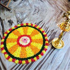 Simple Flower Rangoli, Rangoli Designs Flower, Colorful Rangoli Designs, Rangoli Designs Images, Rangoli Ideas, Rangoli Designs Diwali, Beautiful Rangoli Designs, Flower Arrangement Designs, Flower Arrangements