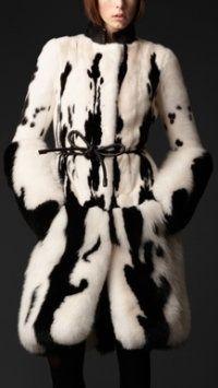 Burberry . #blackandwhite #outerwear . uk.burberry.com