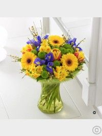 Spring Flowers Dublin from Floral Scents Florist. Beautiful Spring flowers delivered for all occasions. Real Flowers, Amazing Flowers, Beautiful Flowers, Flower Delivery Service, Same Day Flower Delivery, Easter Flowers, Spring Flowers, Funeral Flowers, Wedding Flowers