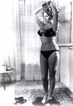 this photo does something for me. I love the honesty. thanks, Sophia Loren.
