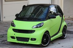 is a custom Smart Fortwo Body Kit for Smart Fortwo model, by Smart Power Design. It consists of one front spoiler, one rear spoiler and two side skirts. Smart Fortwo, Car Mods, Smart Car, Body Mods, Dream Vacations, I Am Awesome, Sd, Funny Memes, Garage