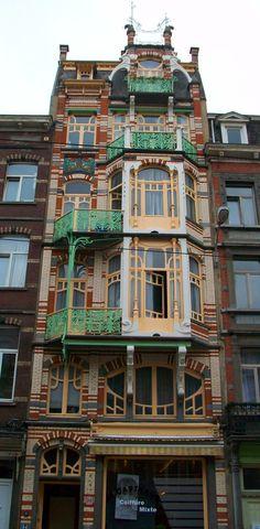 Art Nouveau apartment; Immeuble De Beck, Avenue Paul Dejaer 9, Brussels http://fr.wikipedia.org/