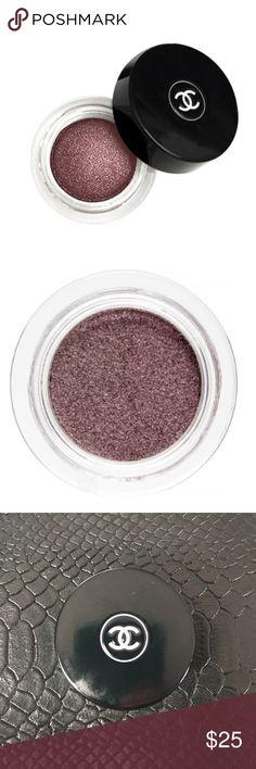 Illusion D'Ombre Luminous Eyeshadow - Illusoire 83 Lightly used CHANEL Makeup Eyeshadow